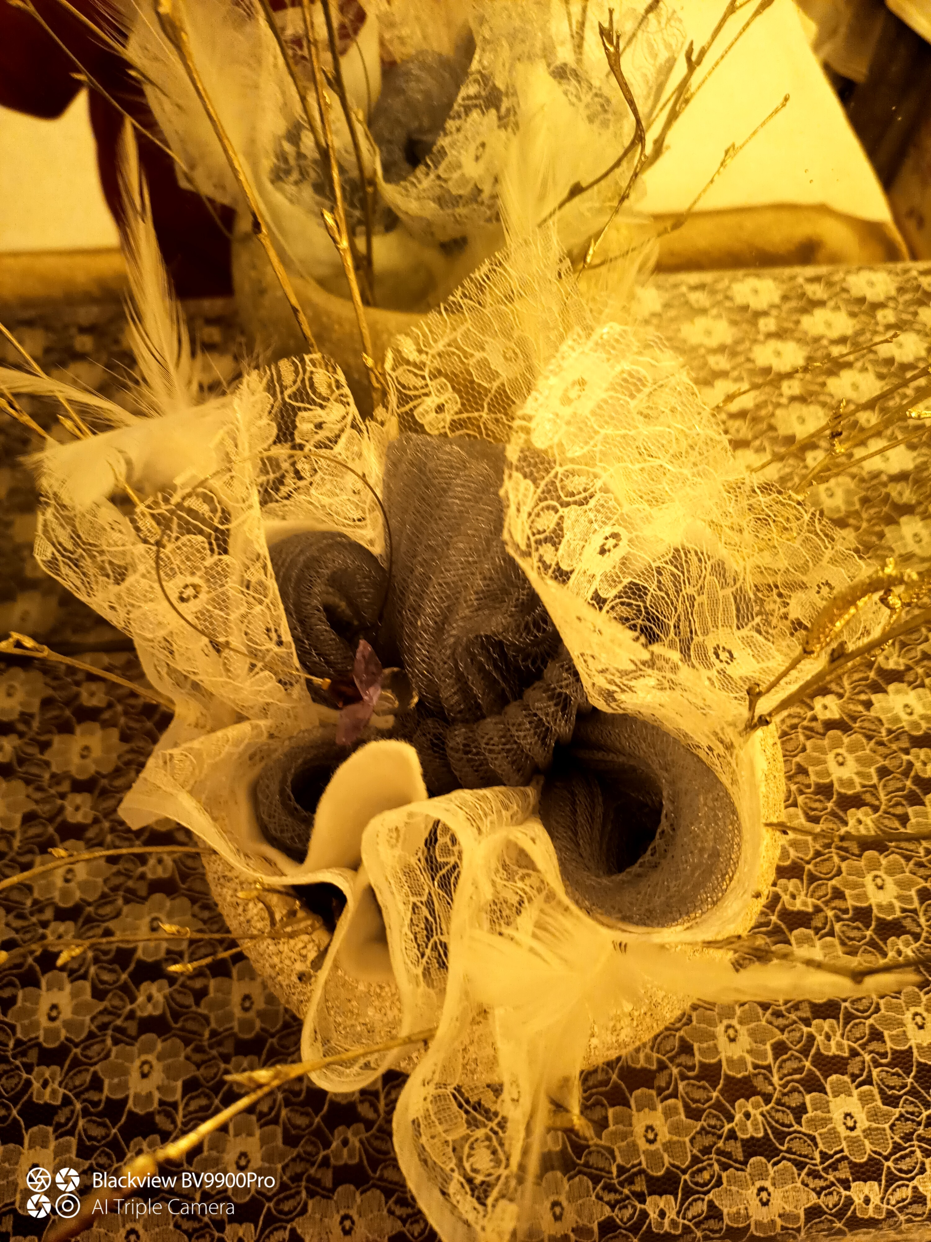 Center piece Sinamay and Lace